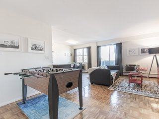Sonder | JFK Historic Site | Playful 3BR + Balcony