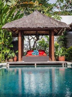 Villa AVA - Charming 4BR & Private Pool Villa in Umalas, 5min away from Seminyak