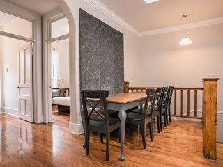 Spacious 6BR in Downtown Montreal by Sonder