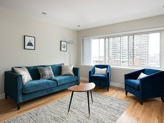 Sleek 1BR in Downtown Montreal by Sonder