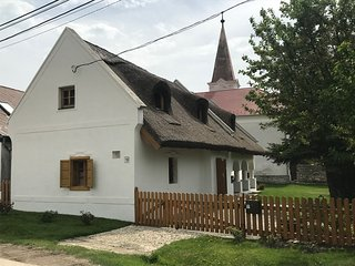 BalatonHomes ~ Balatonfüred Creekside Accommodation