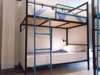 Private Bunk Room in Colombo