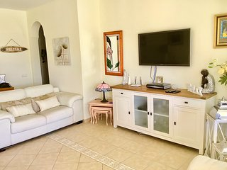 VILLA PARAISO - Lovely 3 bedroom villa on the Golf Resort