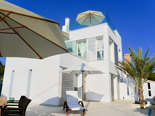 Casa Poggibonsi al Mar - Pool, Terrassen mit Meerblick, 100m zum Sandstrand