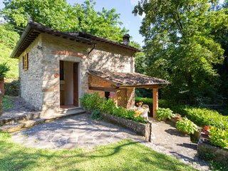 2 bedroom Villa in Vicchio, Tuscany, Italy : ref 5055947