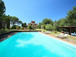 2 bedroom Villa in Lucignano, Tuscany, Italy : ref 5055192
