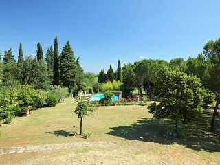 Poschini Holiday Home Sleeps 4 with Pool and WiFi - 5055191