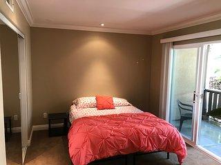 Master bedroom in a townhome - quiet neighborhood