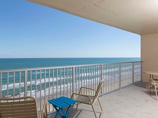 Inverness 1003 - Oceanfront Condo Right on the Beach, Small Dog Friendly