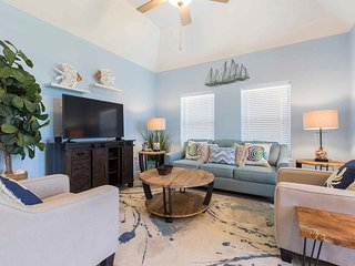 Padre Breeze IV #3 - Luxurious 2Bd/2Ba Condo in Premier Location, The Only