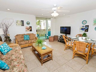 Bahia Mar 655 - Hidden Gem in Tropically Landscaped Courtyard, Steps Away from