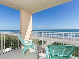 Inverness 400 - Luxurious Beachfront Corner Condo, Wrap-a-Round Balcony