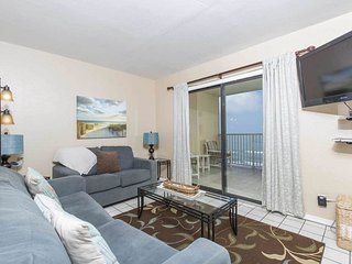 Inverness 805 - 2Bd/2Ba Beachfront Condo with Balcony, Pool, Hot Tub, Private