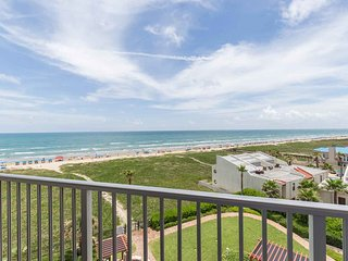 Aquarius 506 - Beachfront Condo, Direct Beach Access, Luxurious Grounds with