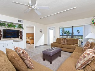 Saida II 206 - 3Bd/2Ba Oceanfront Condo, Large Private Balcony, Beachfront