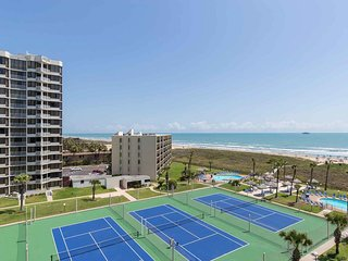 Saida IV 703 - Cozy Condo w/ Beachfront Balcony, Small Dog Friendly, Oceanfront