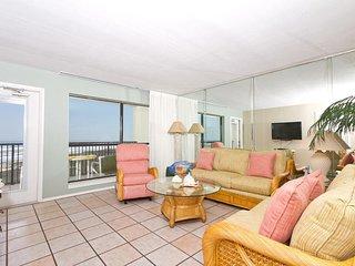 Saida I 505 - Elegant Oceanfront Condo, Private Balcony, Direct Beach Access