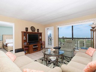 Saida II 404 - 2Bd/2Ba Condo Right On The Beach, Private Balcony, Great Family
