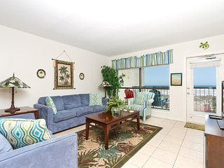 Saida III 702 - Cozy Condo, Ocean Views from Private Balcony, Perfect Couple