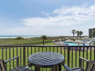 Saida I 203 - Charming 2Bd/2Ba Condo, Beachfront Balcony, Swimming Pools
