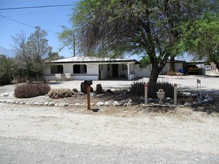 Beautiful Fully Furnished Private 1 Bedroom in Ranch Style House on 1 Acre Lot!!