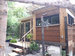 Twiglet - tiny house cottage at Natures Energy Centre & Sanctuary