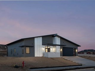 Newly Built Modern 50s Home-Rapid City