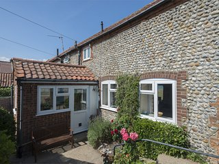 KT013 Cottage situated in Mundesley
