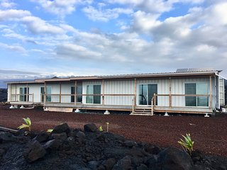 Cargo Container HomeOnTheLava~ Ocean & Volcano View sleeps 4