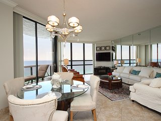 Surfside 1501: Gulf Front Luxury Lookout