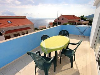Smokvica Apartment Sleeps 6 with Air Con and WiFi - 5459097