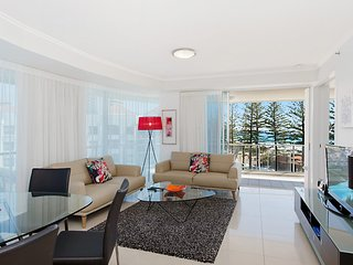 Reflections tower 2 Unit 401 - Beachfront, views and in a great location