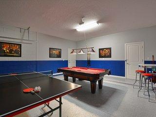 Sonoma - 6 Bedroom Pool Home- 1856SN