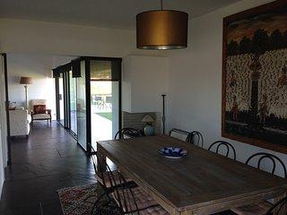 Villa independiente de 3 dormitorios, resort 5 estrellas bom sucesso design