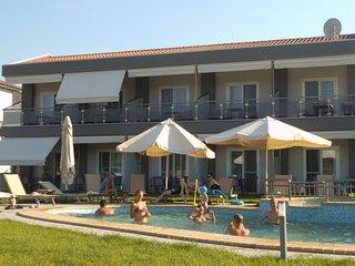 Finikas Garden Suites Beach Resort Nikiti