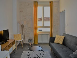 Confort Appart-Hotel Rochefort-Tonnay-Charente 'Le Scandi-Cosy'