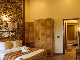 Tag Resorts (Pilkhan Suite 7)