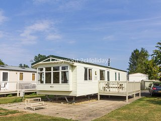 8 berth caravan with D/G, C/H and decking. At Southview Holiday Park. REF 33086