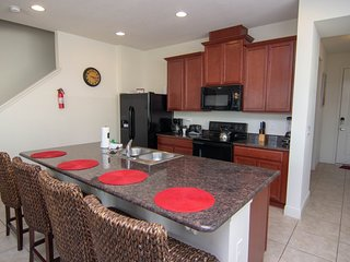NEW! TOWN HOME IN KISSIMMEE