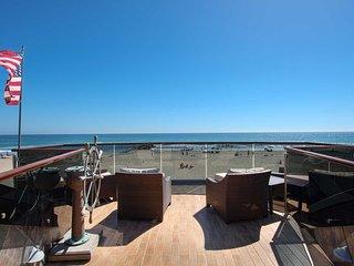3204 W. Oceanfront