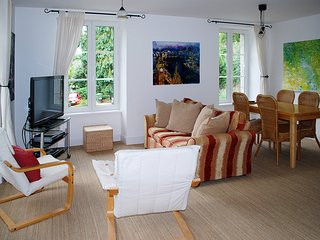 Sisley Apartment, Lehon, Dinan, Brittany