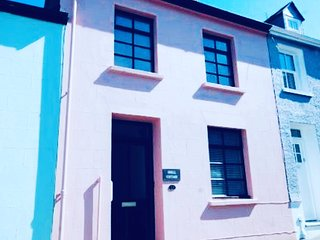 Tenby Seaside Cottage