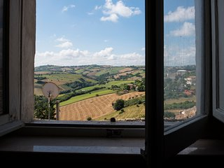 Monte San Pietrangeli Holiday Home Sleeps 6 - 5677204