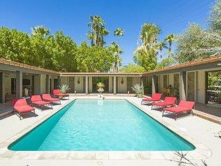 Villa Carmelita - The Sonny & Cher House