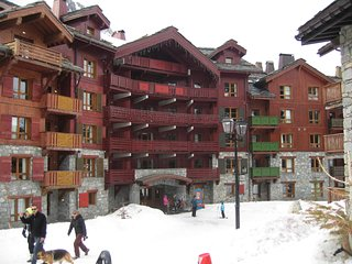 Beautiful Les Arc 1950 Two bedroom ski apartment