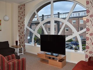 Stunning two bedroom appartments.Accommodates up to 6.FREE PARKING.WI FI