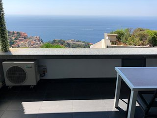 Cap d'Ail Apartment (Near Monaco) Sleeps 4-6 Pers
