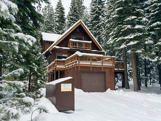 Warm, updated house w/sunny deck - close to trails, skiing, and town
