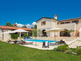 4 bedroom Villa in Cabrunici, Istarska Zupanija, Croatia : ref 5025416