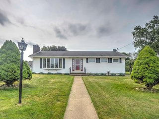 NEW! Cozy Parker House w/ Deck & Spacious Yard!